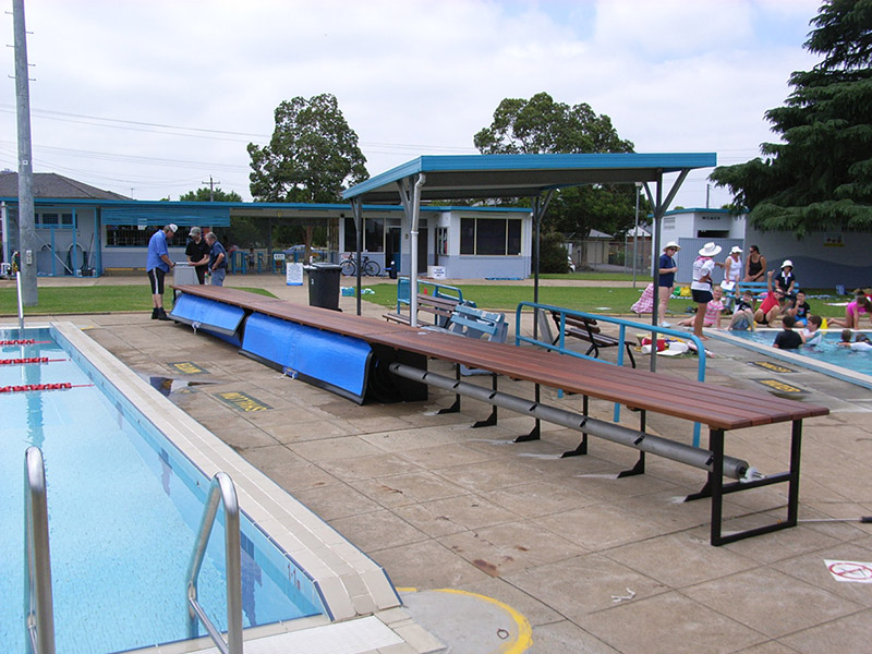 50M Under Bench Pool Blanket